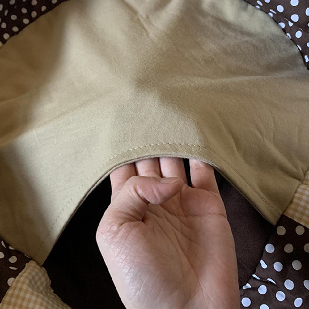 ポケットの形もフェレットにマッチする丸さ。