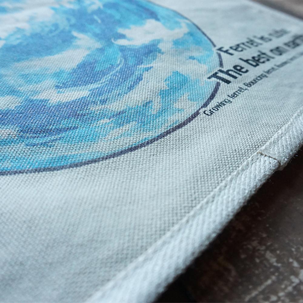 本体生地は丈夫な国産帆布。