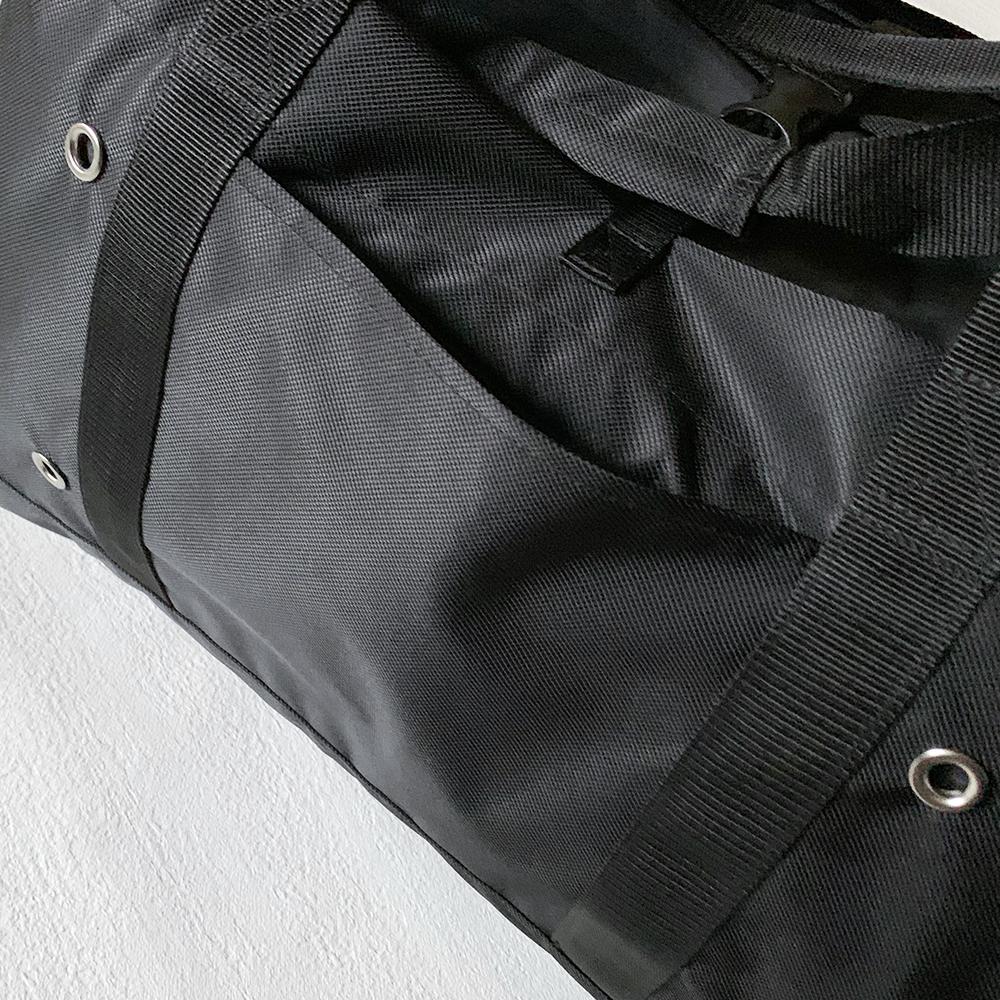 便利なポケットが2つ。